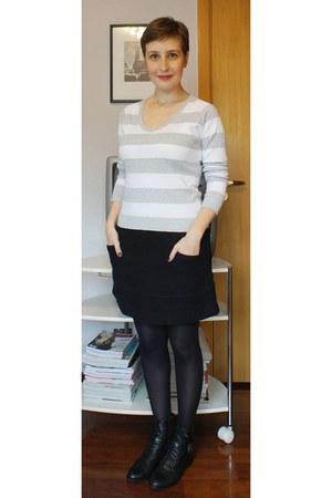 black corello boots - periwinkle Zara sweater - black lupo tights