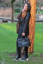 black new look boots - black Bershka coat - black Sisley bag