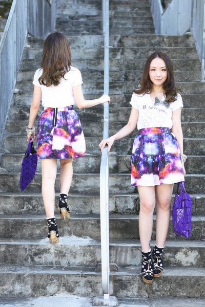 deep purple galaxy skirt Retro Girl skirt - violet baobao bag Issey Miyake bag