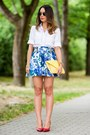 White-zara-shirt-yellow-clutch-bershka-bag-navy-floral-atmosphere-skirt