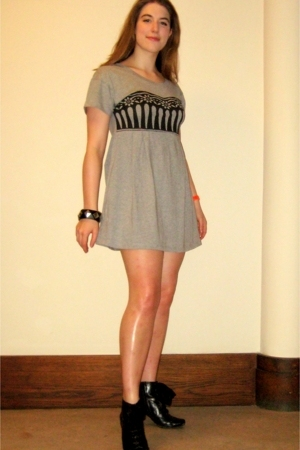 Hush Puppies shoes - See by Chloe dress - vintage from rokit accessories - ToyWa