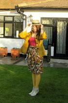 gold jaeger jacket - pink Gap t-shirt - gold St Michael - vintage skirt - white