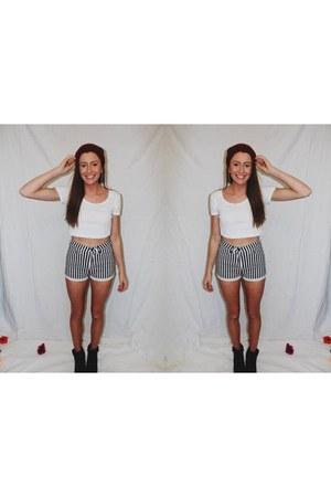 black stripe loving things shorts - white crop tee American Apparel top