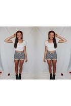 black stripe loving things shorts - white crop tee American Apparel top