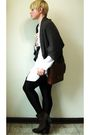 Brown-harmonic-cardigan-white-h-m-blouse-black-leggings-brown-vince-camuto