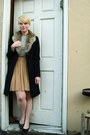 Ivory-zara-shirt-black-thrifted-wool-united-colors-of-benetton-coat