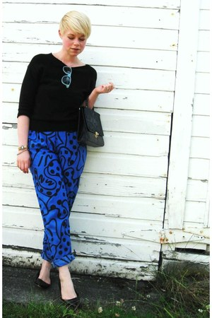 black Gap sweater - blue pants - aquamarine Forever21 glasses