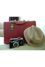 Felt-vintage-stetson-hat-leather-vintage-bag
