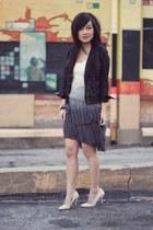 black stone Shopcalico ring - periwinkle dip-dyed Zara dress