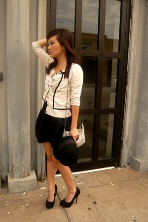 beige H&amp;M cardigan - black H&amp;M skirt - black Forever 21 hat - black Steve Madden