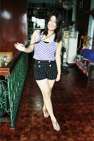 purple The Ramp top - black tiangge shorts - purple 168 shoes - black Bazaar nec