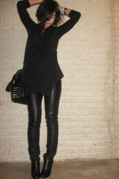 Forever 21 shirt - H&amp;M divided black pants - Steve Madden boots - Zara purse - F