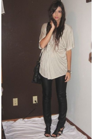 H&M top - H&M pants - Nine West shoes - forever 21 purse - forever 21 necklace -