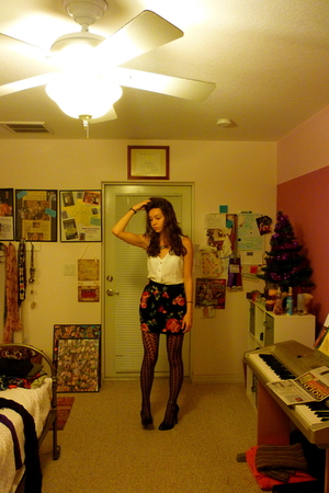 white faded glory vest - black Kimichi Blue skirt - black Forever 21 stockings -