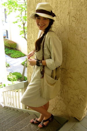 beige H&M hat - beige vintage dress - brown vintage belt - black Forever 21 acce