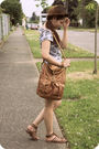 Gray-wetseal-dress-brown-bamboo-shoes-brown-forever21-purse