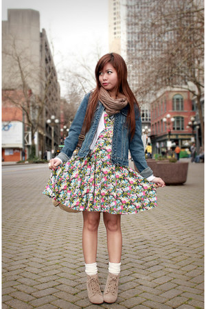 bubble gum Forever 21 dress - blue a&f jacket