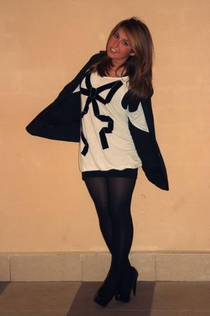 black Mango shoes - black skirt - black blazer - Zara t-shirt - white