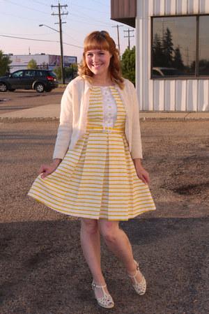 white Chelsea Crew heels - yellow mixed material Eva Franco dress
