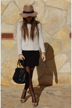 Stradivarius hat - Bershka shoes - Zara jumper - Lefties skirt