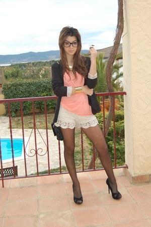 BLANCO shorts - Bershka blazer - BLANCO t-shirt - Bershka heels