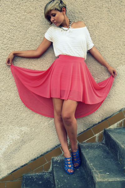 salmon H&M skirt - white H&M top - silver H&M necklace - blue Mixer heels