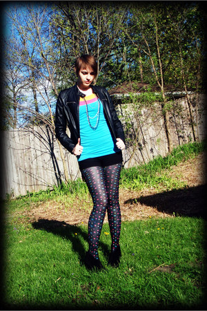 black polka-dot tights - black leather jacket - bubble gum top - sky blue top