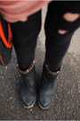 Navy-boots-black-romwecom-jeans-coral-front-row-shop-blouse