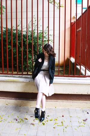 Zara skirt - ankle boots asos boots - H&M dress - black Bershka blazer