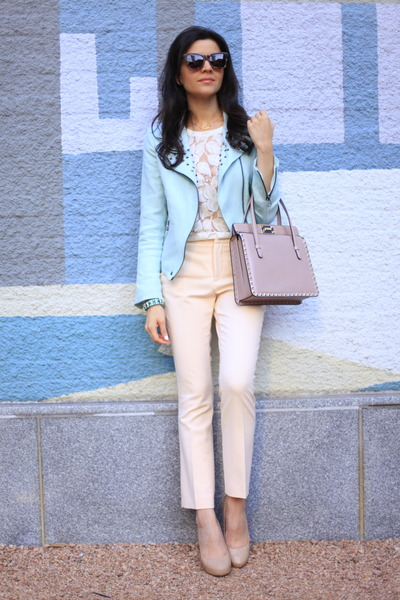 light blue studded blazer Zara blazer - pink rockstud tote Valentino bag