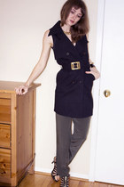 olive green BB Dakota pants - black Halston top