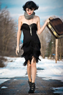 Black-vintage-dress-black-nine-west-boots-beige-danier-leather-gloves-gray