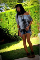 heather gray Zara t-shirt - burnt orange ankle trf Zara boots