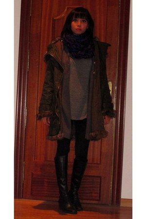 black boots - army green Topshop coat - black Zara leggings - gray Zara t-shirt