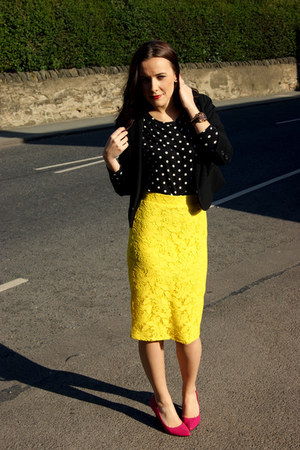 M&S skirt - H&M blazer - Zara top - Dorothy Perkins heels - Michael Kors watch