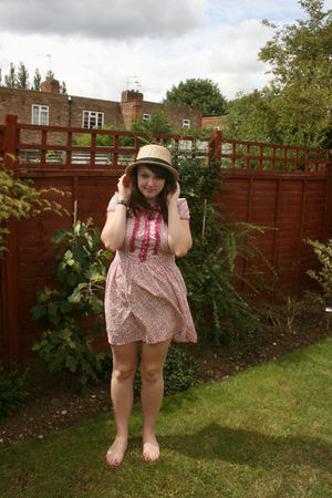 TK Maxx dress - Primark accessories
