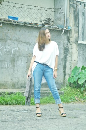 sky blue red jeans jeans - white Papers & Scissors top - black Parisian heels