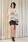 Gold-skull-bord-ateli-purse-ivory-tricot-dress-to-blouse