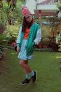 Green-varsity-jacket-black-sneakers-converse-sneakers