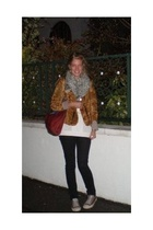 vintage Fripe star jacket - GINA TRICOT scarf - Bershka blouse - H&M jeans - Con