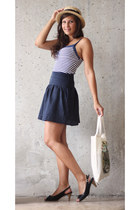 eggshell camaieu top - light brown F&F hat - navy camaieu skirt
