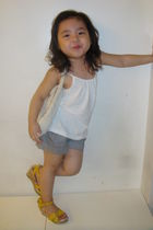 white Zara shirt - gray teaberry shorts - yellow shoebox shoes - gray Tiendesita