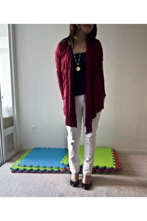 American Eagle accessories - Urban Outfitters t-shirt - forever 21 top - Jacobs