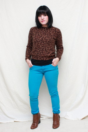 dark brown vintage sweater sweater - teal tripp jeans jeans