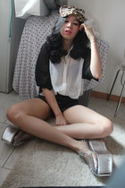 silver Jeffrey Campbell shoes - black H&M shirt
