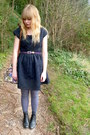 Black-asos-boots-navy-dahlia-dress-periwinkle-asos-tights-floral-asos-bag