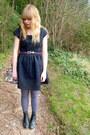 Black-asos-boots-navy-dahlia-dress-periwinkle-asos-tights-floral-asos-bag