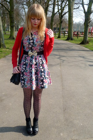 red floral Dahlia dress - H&amp;M tights - red H&amp;M cardigan - black Love Label wedge