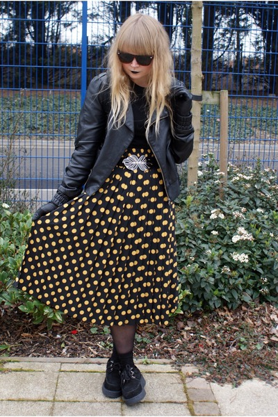 yellow polka dot vintage skirt - black Underground shoes