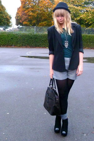 black Jaques Vert blazer - green Topshop top - silver Miss Selfridge shorts - bl